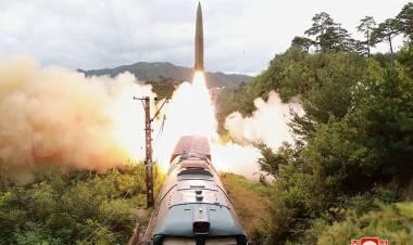 Corea del Norte disparó misiles desde un tren