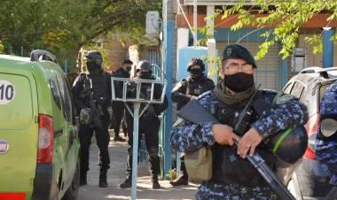 Narcotráfico: la Justicia Federal allanó varias viviendas en la ciudad